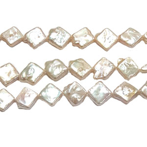 FRESHWATER PEARL DICE 14MM NATURAL PEACH